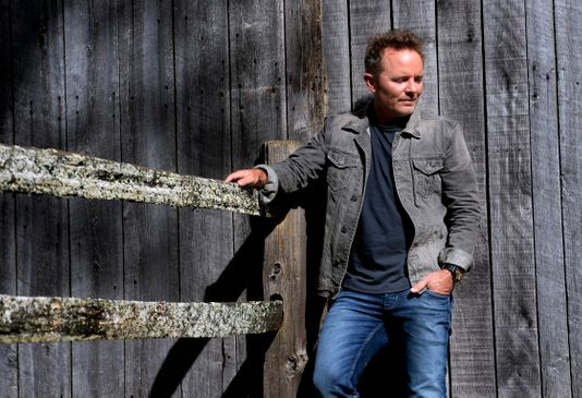 Chris Tomlin Holy Roar Review - PlaidDadBlog - Dad Reviews